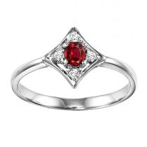 Ruby & Diamond Ring set in 14K Gold